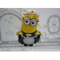 waitress_minion_usb_buynowcy